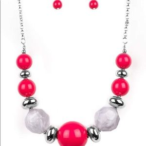 Hot pink paparazzi short necklace